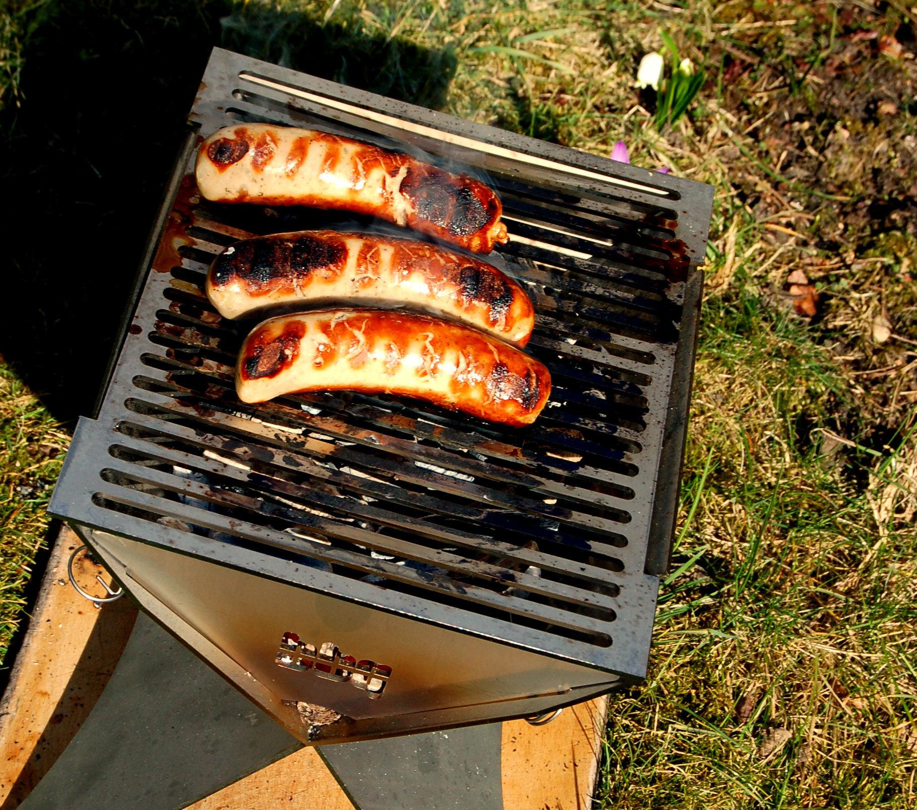 bbq-grill-detail-wurst-2
