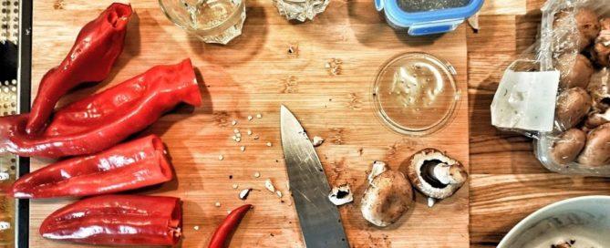 Vegetarisch grillen – gefüllte Spitzpaprika